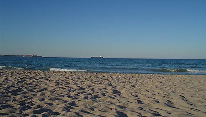 Playa de Pinedo (ZONA HABILITADA)