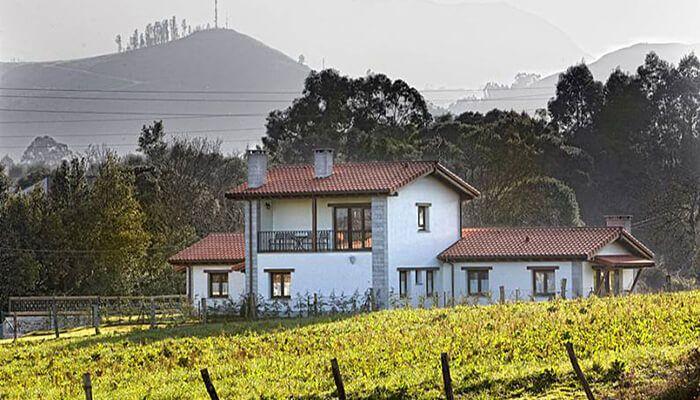 Apartamentos Rurales El Alloral de Llanes