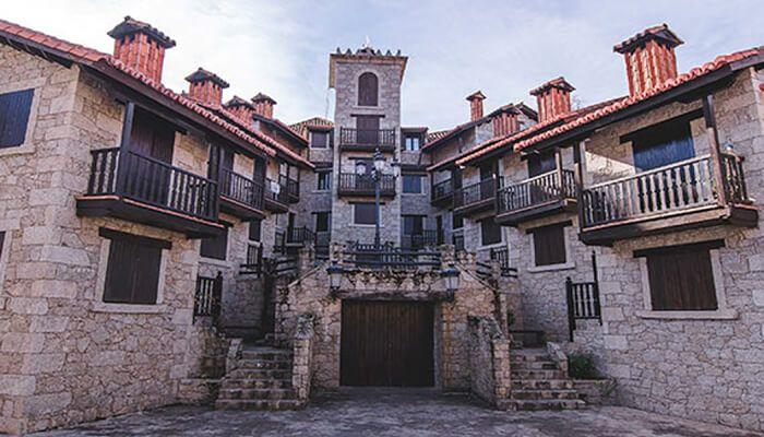 Casas rurales y Apartamentos El Real de Bohoyo