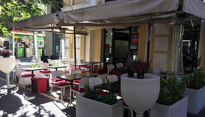 Escada Café