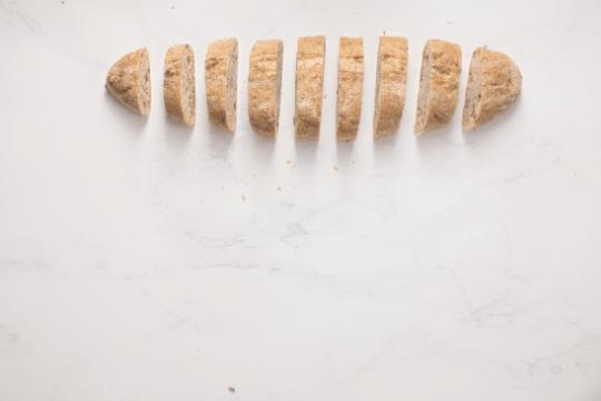 es bueno darle pan duro a nuestro perro
