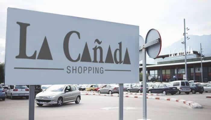 La Cañada Shopping