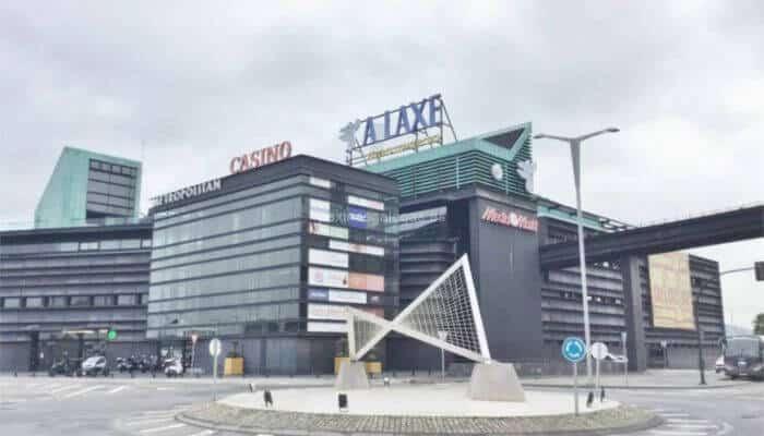 Centro comercial centro comercial A Laxe